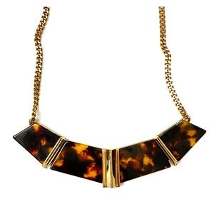 ✨NWT Givenchy Tortoise Gold Collar Necklace